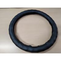 Оплетка на рулевое колесо, Автолидер, М(37-39см), (Черная,волна,экокожа), красн.упаковка